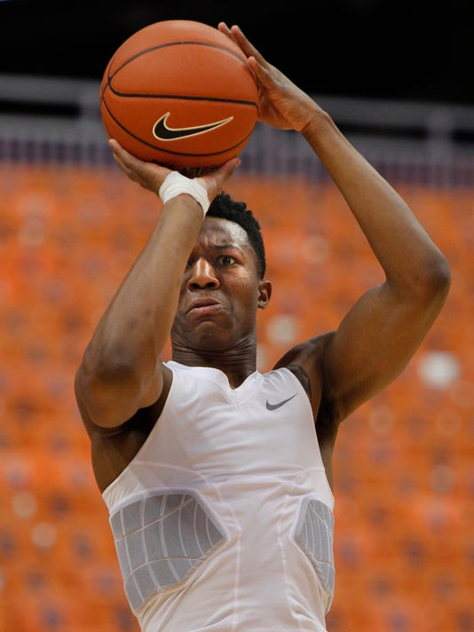 Syracuse's Tyus Battle shoots before an NCAA college basketball game against Wake Forest in Syracuse, N.Y., Tuesday, Jan. 24, 2017. (AP Photo/Nick Lisi)