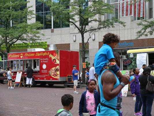 636253630302684232-A2-indy-moments-Taste-of-indy-jrw07.JPG