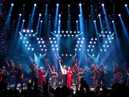 Company of the National Tour, On Your Feet!