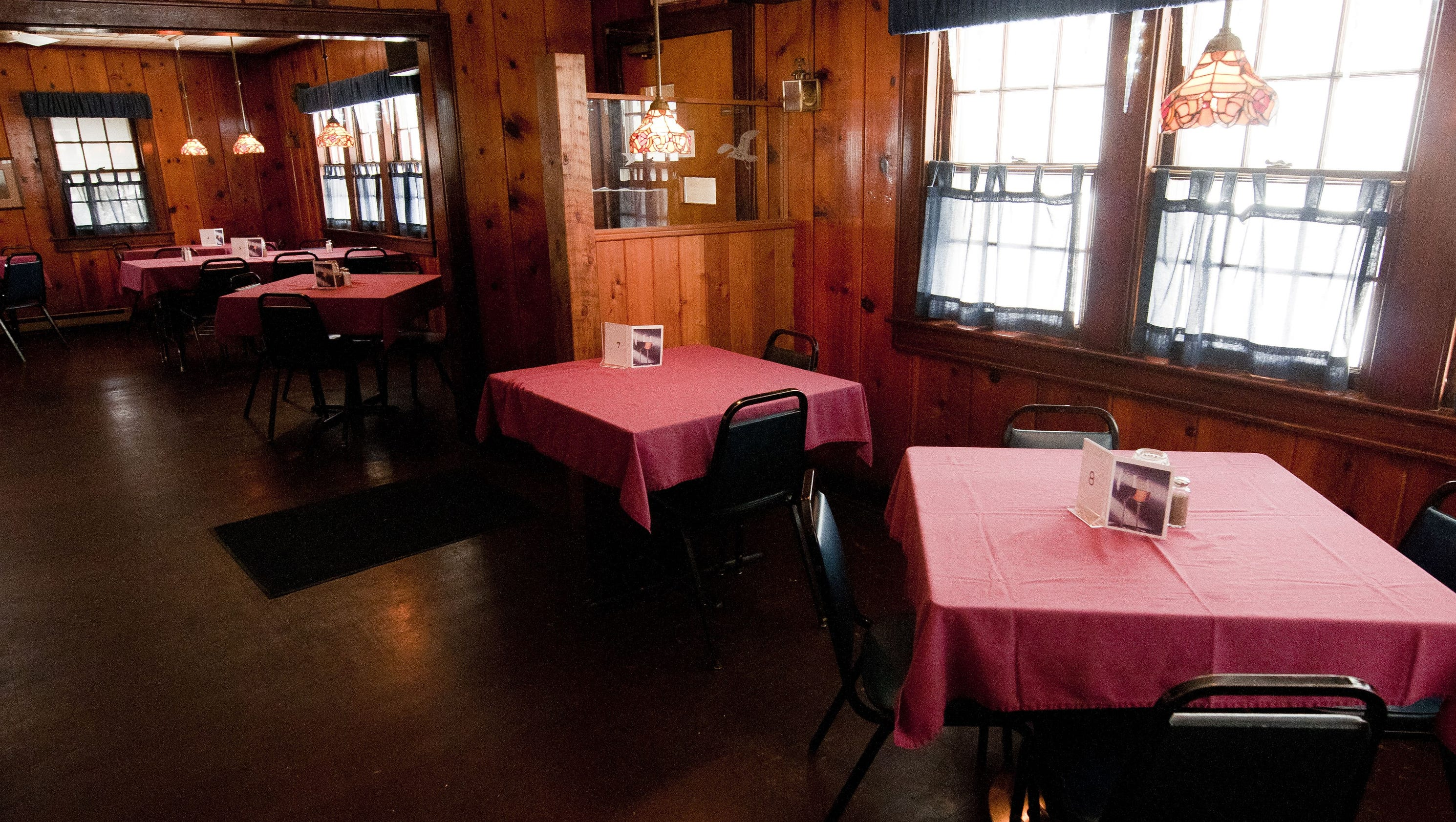 Rock Falls Supper Club reopens under Kevin Burkel s ownership