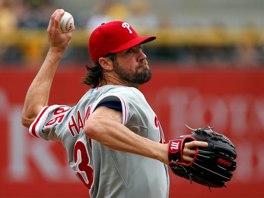 AP Sources: Phillies agree to trade Cole Hamels to Texas
