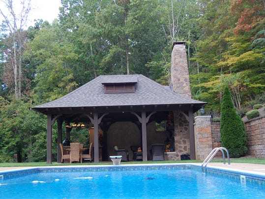 Fall Homes-Hangout Ho_Atzl-1.jpg