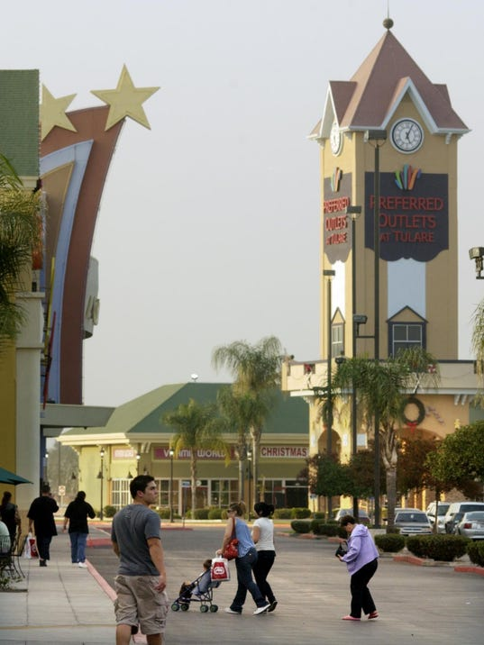 -1025_Tulare_Outlets_0058.jpg_20071025.jpg