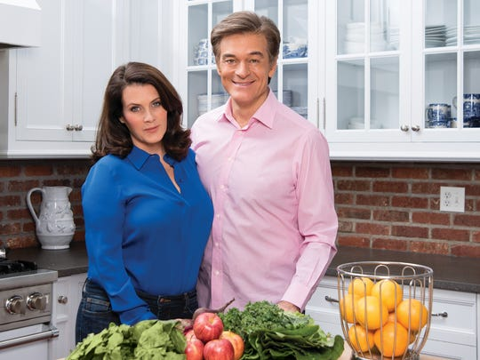 Lisa Oz and Dr. Mehmet Oz in their Cliffside Park home.