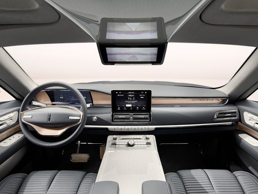 Lincoln Debuts Navigator Concept With Gull Wing Doors