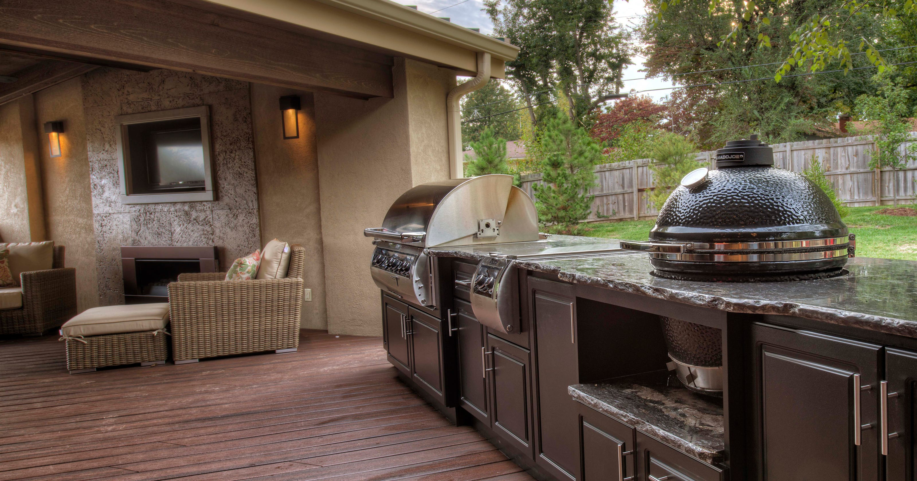 Company Makes Functional Beautiful Outdoor Kitchens