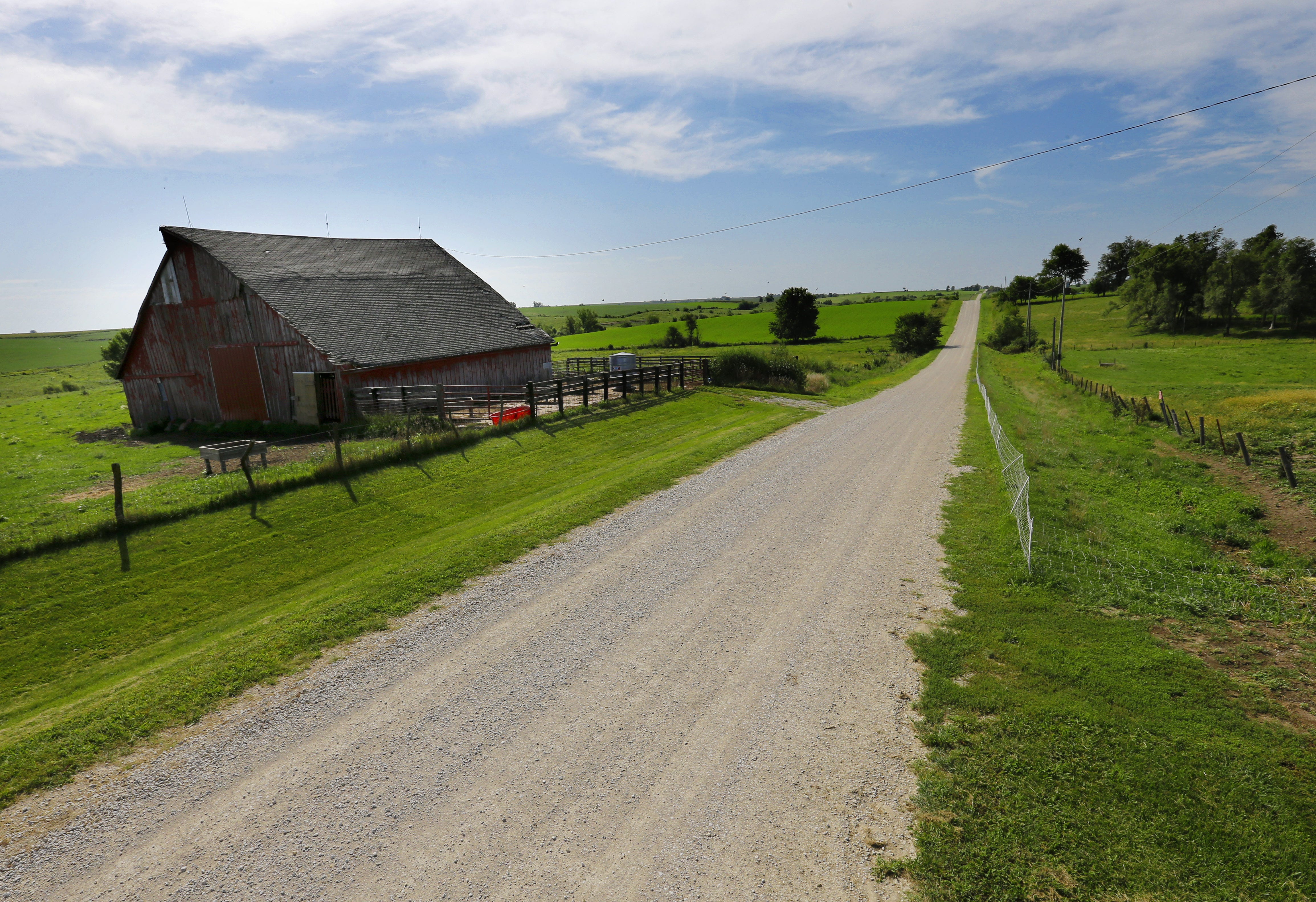 Watch How to Invest in Agricultural Real Estate in Illinois video