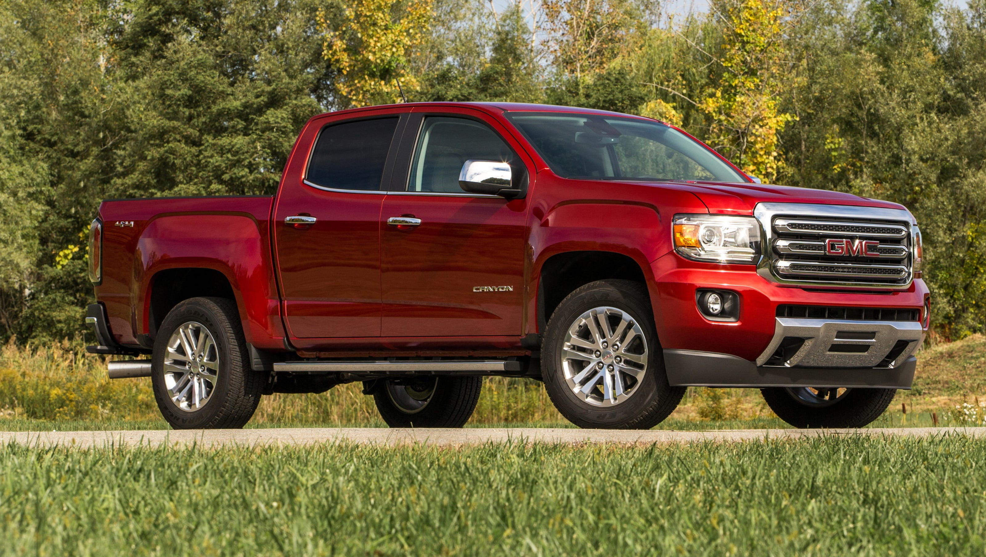 Review Diesel suits 2016 GMC Canyon pickup