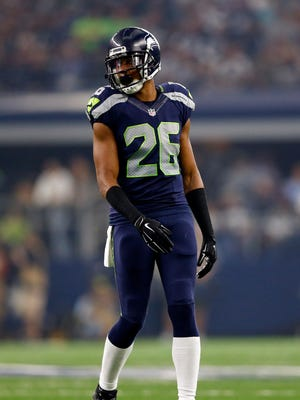 Former Seattle cornerback Cary Williams (26) visited with the Titans on Thursday.