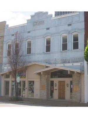 L.E. Long building on Northwest Sixth Street.