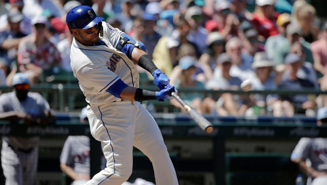 Nelson Cruz and the Mariners played in front of one of the largest crowds in Safeco Field history on Father's Day.
