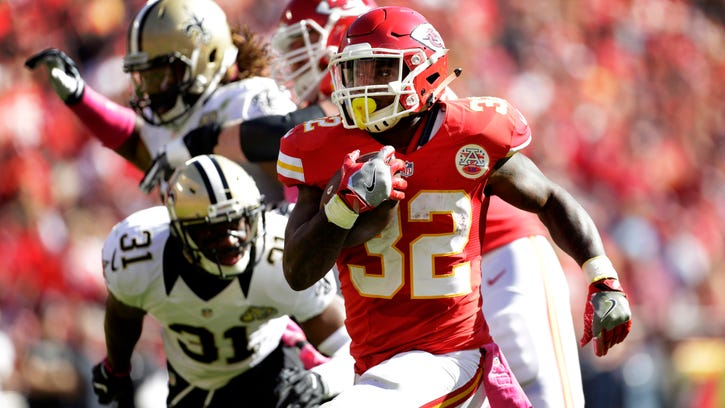 Chiefs' Ware learned lessons from Lynch while in Seattle