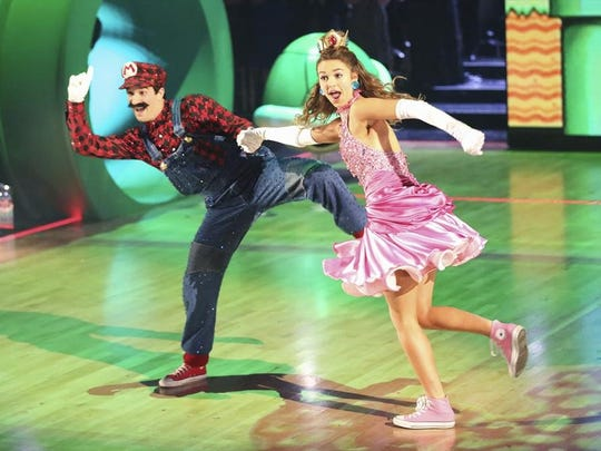 Sadie Robertson and Mark Ballas compete in the finale of 'Dancing With the Stars'.