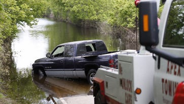 Did somebody lose their truck underwater in Greene County?