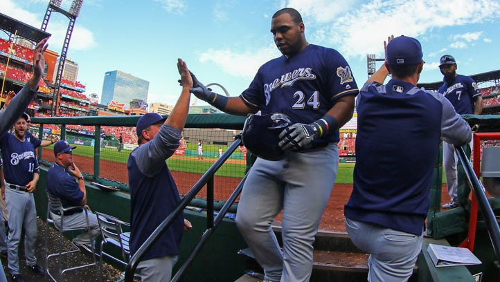 First base: Eric Thames aiming for more consistency with Brewers in 2018