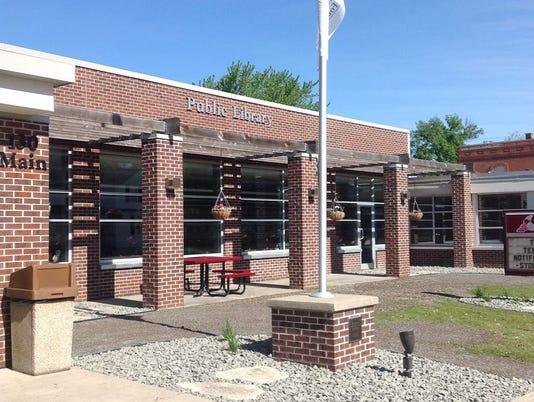 635844770464140580-oakfield-public-library.jpg