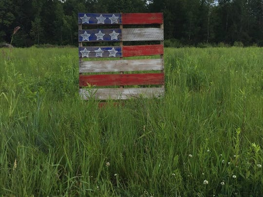 A rustic pallet workshop is available to partake in at Mill Creek Gardens this week.
