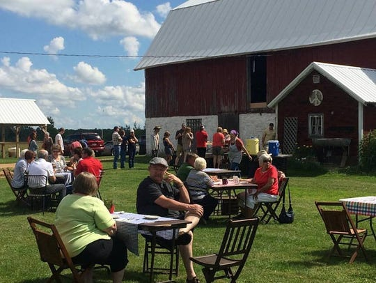 Lonely Oak Farm is holding a brunch on the farm event