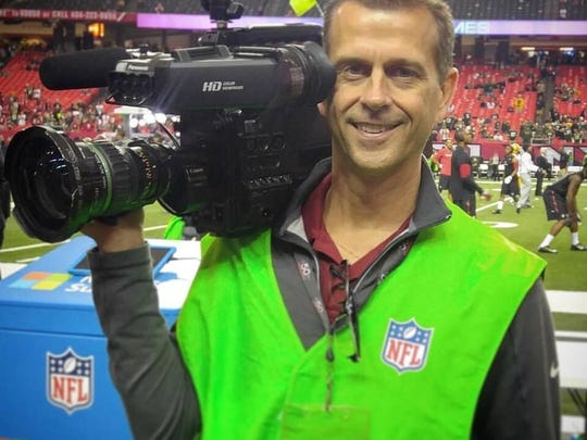 Mike Thomas, a 1983 Palmyra grad, has covered the World Series, two Olympic Games, and is set to cover his third Super Bowl on Sunday.