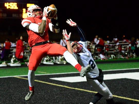 Darius Daniels III scores Port Clinton's only touchdown in a postseason setback last season.