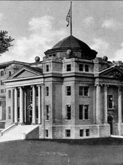 The former Alexandria City Hall was finished in 1910 and demolished in 1963.