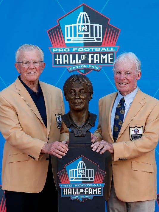 Hall_of_Fame_Football_76410.jpg