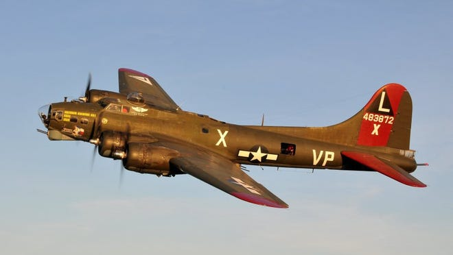 World War II Flying Fortress Texas Raiders in flight. Contributed by/CAF-Gulf Coast Wing