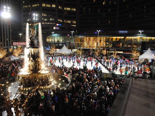 Light up the square