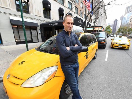 Ben Bailey returns for a 6-episode season of Discovery's 'Cash Cab.'