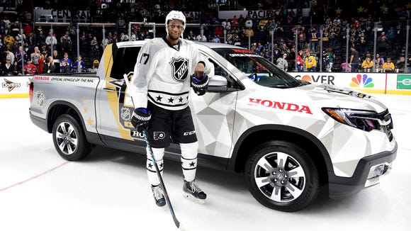 Wayne Simmonds left Los Angeles with a new ride and