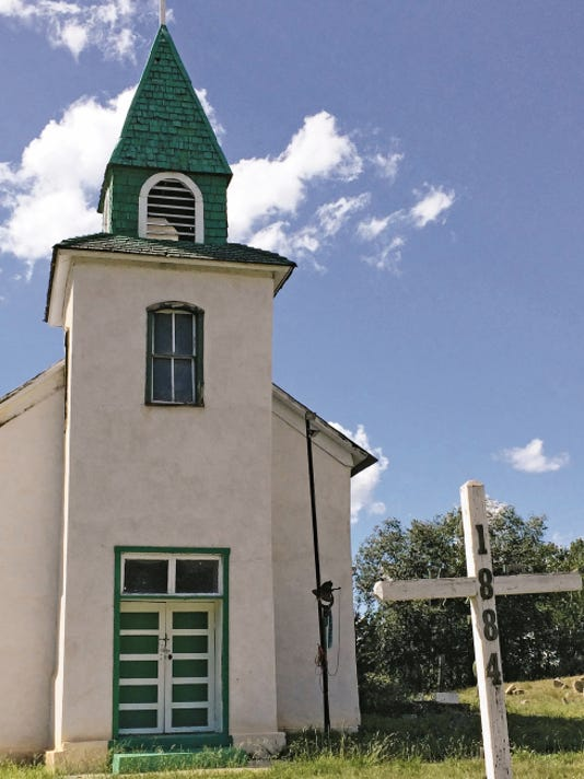 This San Patricio church is one of many denominations in Lincoln County.