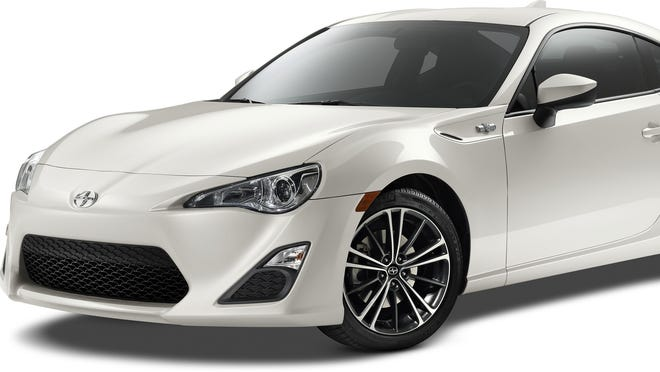 Toyota has made minor changes to the Scion FR-S for 2015.