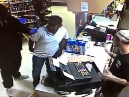 636355385905110263-robbery.jpg