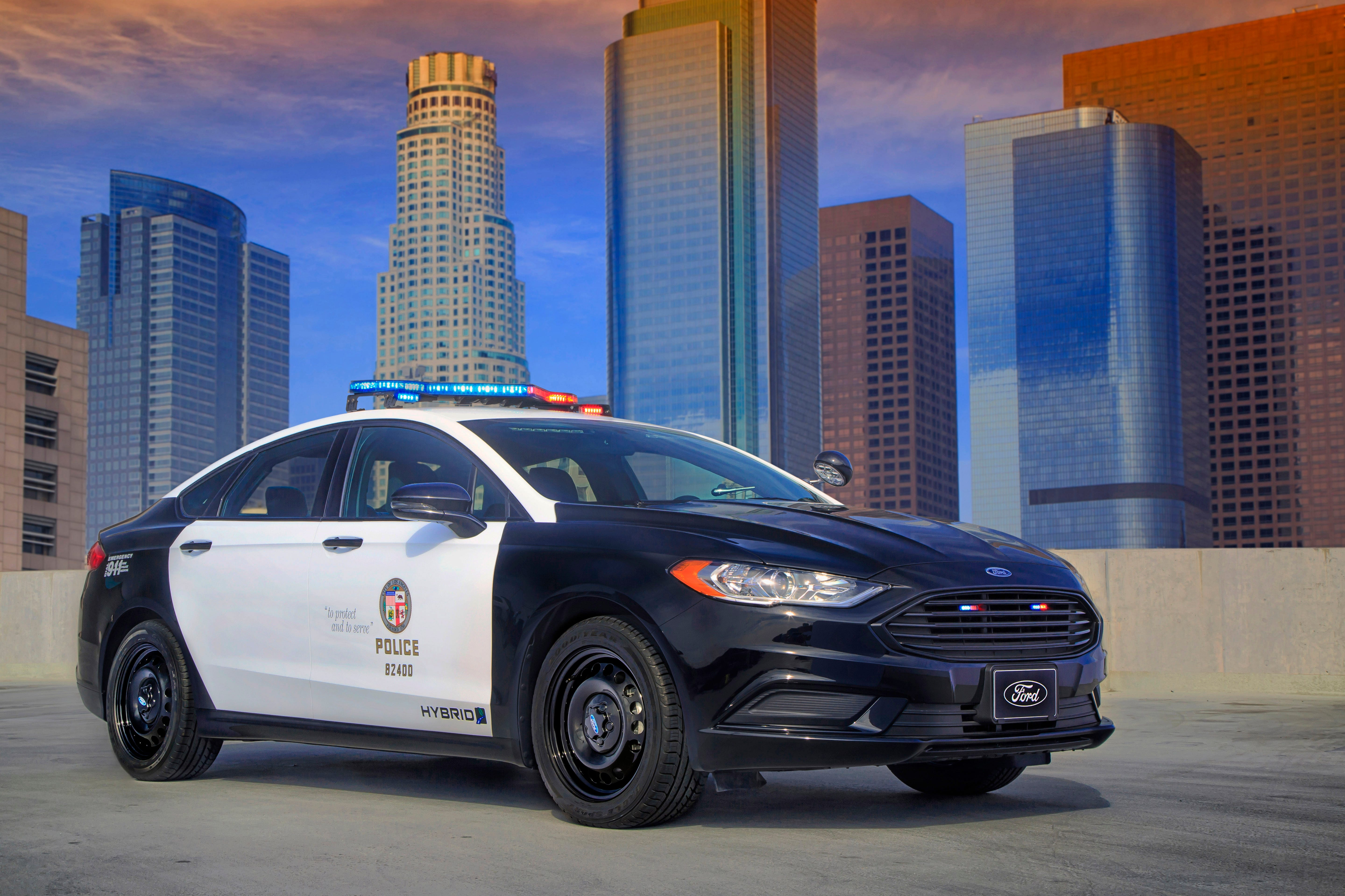 Ford has created a new hybrid police car a modified & Ford unveils first u0027pursuit ratedu0027 hybrid police car for high ... markmcfarlin.com