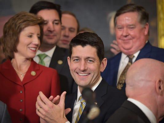 US-POLITICS-CONGRESS-TAX