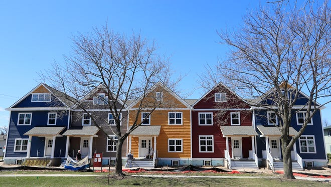 The Navarino townhouses are shown under construction on Wednesday, April 25, 2018 in Green Bay, Wis.Adam Wesley/USA TODAY NETWORK-Wisconsin
