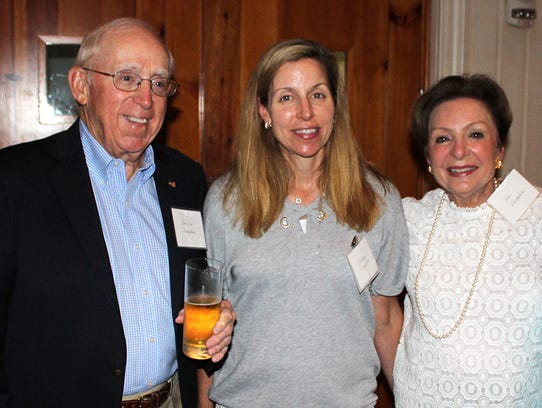 Don and Jean Shropshire with daughter Katherine, center,
