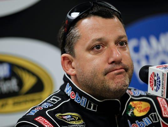 NASCAR Stewart Auto R_Jaco.jpg