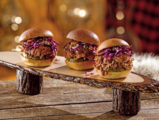 twin peak pulled pork sliders