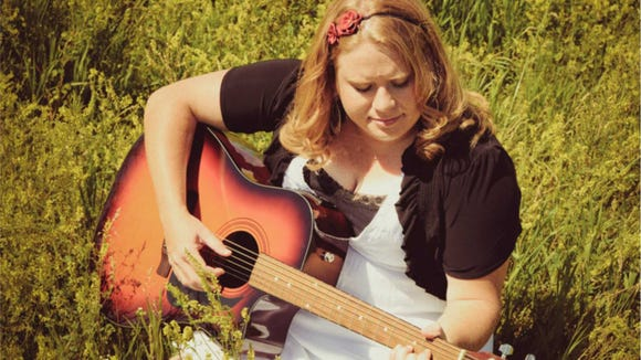Janice Gilbert will perform at the Old Courthouse Museum Friday at noon.