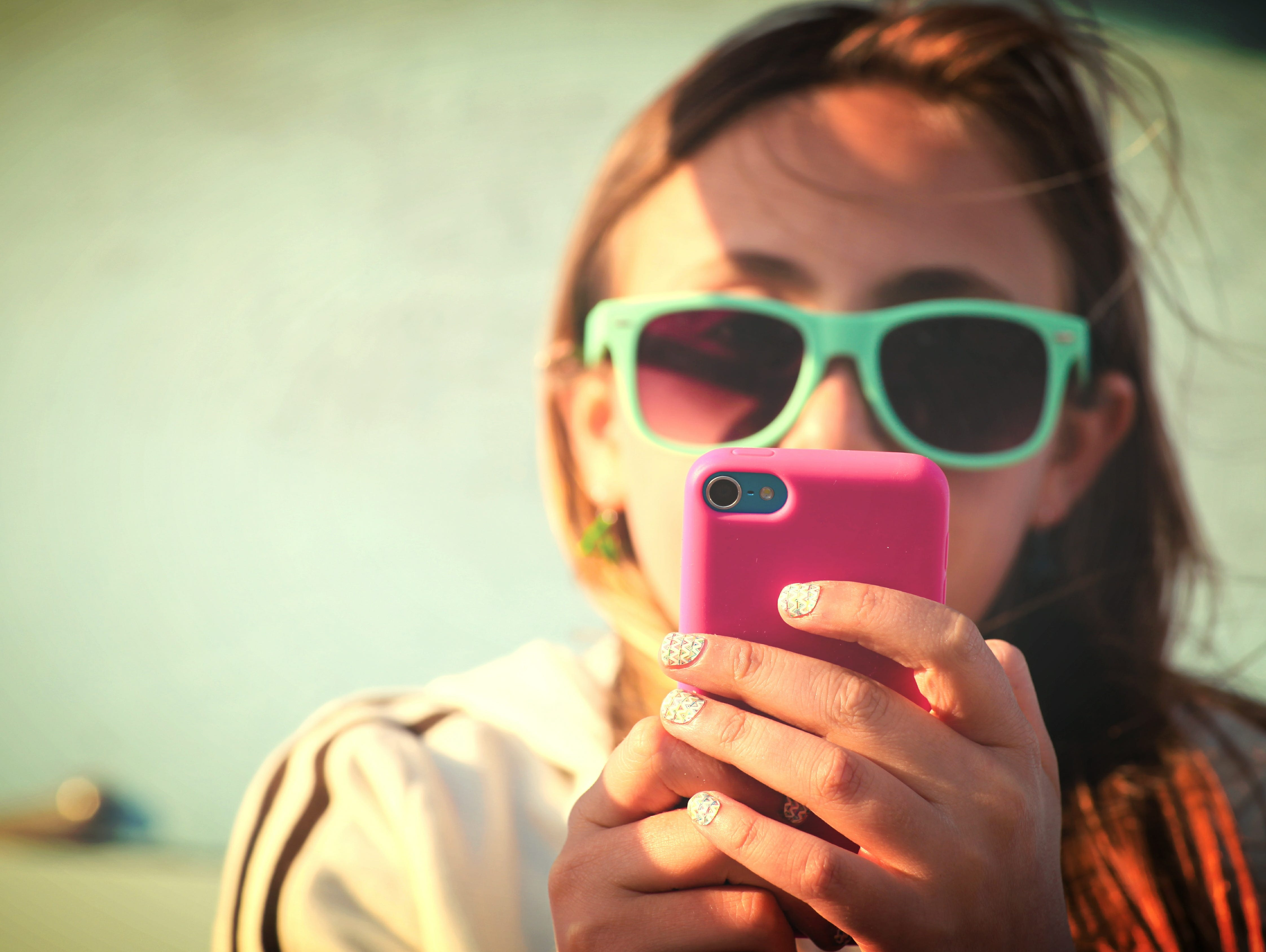 Communicating with teenagers over texting