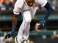 Anderson homers, White Sox beat Tigers 5-3