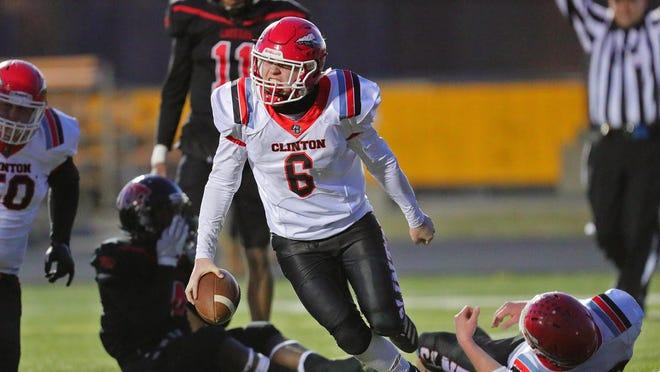 Clinton's Bradyn Lehman scores a touchdown during Saturday's Division 6 regional final against Warren Michigan Collegiate at Madison Heights Bishop Foley.