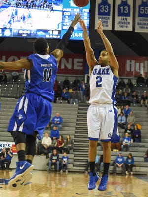 Drake's Gary Ricks Jr. (2) pulls up for a jump shot against Indiana State's Devonte Brown (11) during the first half at the Knapp Center on Jan. 17.