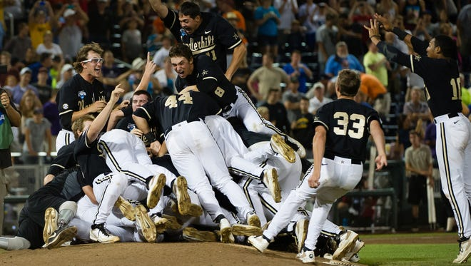 Vanderbilt celebrates its national title.