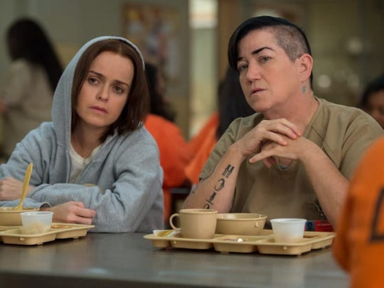 Pennsatucky (Taryn Manning, left) and Big Boo (Lea