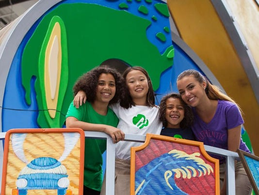 636033989985339612-Two-GSCSNJ-Girl-Scouts-in-National-Float-Annoucement.-Ali-Brasby-far-right-of-Old-Bridge-and-Sophia-Djeng-of-Plainsboro.jpeg