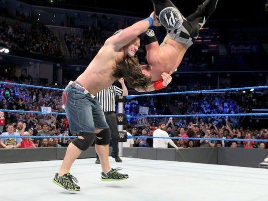2-SmackDown-4.jpg
