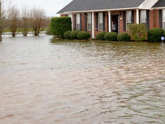 SHR flood looking ahead 01