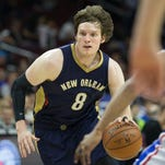 New Orleans Pelicans forward Luke Babbitt drives during a game against the 76ers this season.